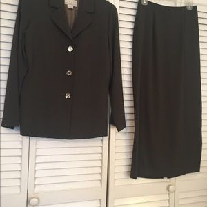 Other - Rialto Collection Skirt Suit Size X-Small